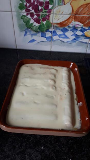 Ovenschotel van cannelloni met zalm, ricotta, spinazie en kaassaus 7