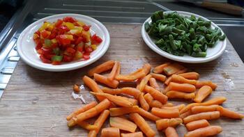 Ovenschotel van rundstoofvlees met groentjes en aardappelpuree 5