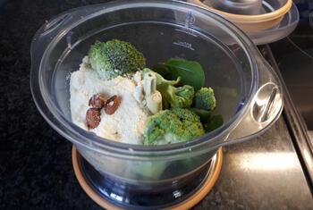 Papillot met scampi en broccoli en koude pasta met pesto. 3