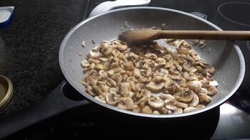Pasta met scampi en champignons 2