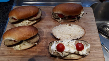 Sandwiches met gehaktbrood, witloof en tomaatjes 3