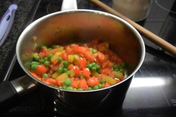 Scampi vidé  met paprika en erwtjes 4