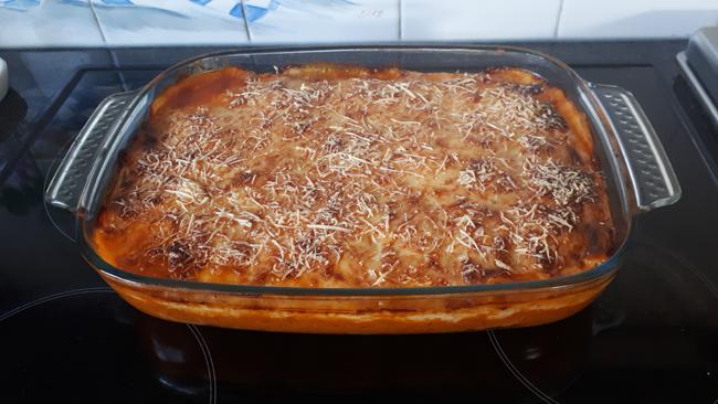 Cannelloni met gehakt, tomaten- en kaassaus 1