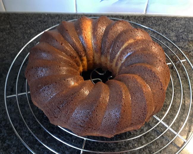 Gemarmerde cake met appel 1