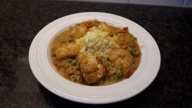 Rode curry met scampi 1