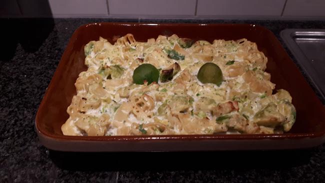 Vegetarische ovenschotel met spruiten, ricotta en pasta 1