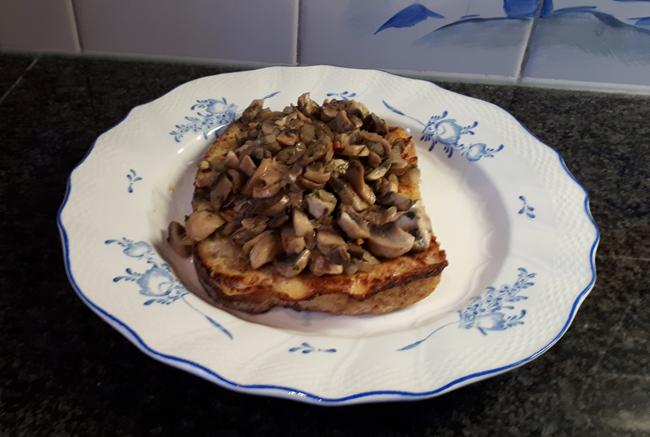 Verloren brood met champignons 1